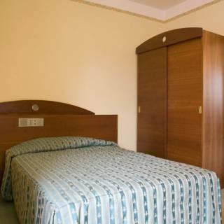 Baazr - Arredamento completo per camere d'albergo